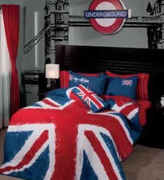 Twin and Full Boys and Teens England Comforter Set with Matching Curtains