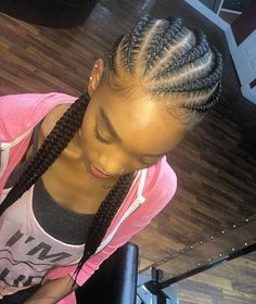 Cornrows via @erica_letstalkhair _______________________________ Follow our backup page @nigerianbraidshair and we'd follow back