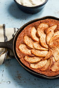 When cold weather rolls around, we're all about fall skillet desserts. With a generous dose of fresh ginger and molasses, this healthy apple cake bridges the flavors of fall and winter. #falldesserts #healthydessert #applerecipes #healthyapplerecipes #bhg Healthy Apple Desserts, Apple Dessert Recipes, Apple Crisp Recipes, Fruit Dessert, Healthy Recipes, Single Serve Desserts, Just Desserts, Delicious Desserts, Yummy Treats