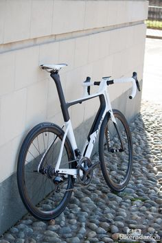 Gallery: Factor Vis Vires Ultegra Di2 - first look Review - Distinctive, futuristic and now a bit more accessible