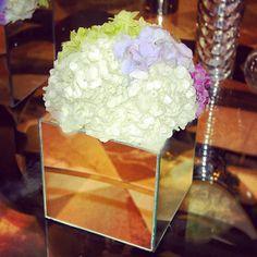 We just love this week  #elegant #flower decor in our #lobby  by @Nastya Kutukova  #luxurytravel #hotel #hydrangea #mirror