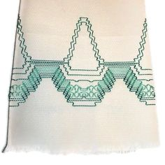 Kitchen Towel Swedish Weaving Huck Green Basket by CanDoStitching Swedish Embroidery, Towel Embroidery, Hand Work Embroidery, Types Of Embroidery, Huck Towels, Swedish Weaving Patterns, Monks Cloth, Weaving Designs, Green Basket