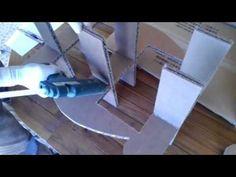 une des 9 étapes de fabrication d'un meuble tout en carton recyclé réalisé a la réunion depuis plus de 4 ans . l'entreprise cartons d'O mets a votre disposit...