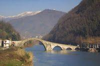 Caffè Letterari: Valle del Serchio: estate di musica e poesia