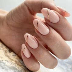 If you want your almond nails to look their best from summer to winter and from fall to spring check out our gallery. Here we put together the best ideas for any preferences from classy natural matte manicure to trendy a glitter ombre design. New Year's Nails, Gold Nails, Nude Nails, Acrylic Nails, Coffin Nails, Oval Nails, Shellac Nails, Stiletto Nails, White Nails