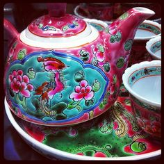 "I am so into ""Nyonya"" style. This is gorgeous!  Traditional #Nyonya tea pot set - @Rita Goh- #webstagram"
