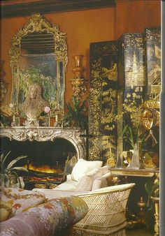 Michael Taylor -CHINTZ, WICKER, WHITE COTTON, QUARTZ CRYSTAL IN THAT ORDER