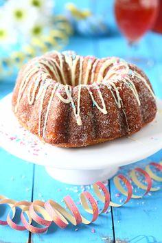 Donitsikakku - Suklaapossu Doughnut, Desserts, Food, Tailgate Desserts, Deserts, Essen, Postres, Meals, Dessert