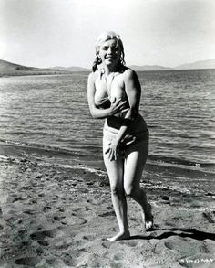 Marilyn struggled with her weight...here's a very chunky Marilyn
