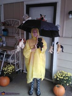 It's Raining Cat and Dogs Halloween Costume - Photo 2/2