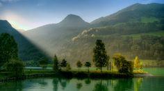 Green Lake Beautiful Landscape Wallpaper for desktop laptop pc
