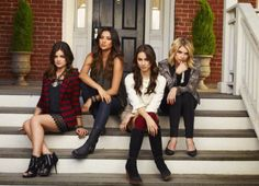 Pretty Little Liars Fashion & Style