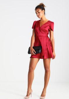 ¡Consigue este tipo de vestido de cóctel de Glamorous ahora! Haz clic para ver los detalles. Envíos gratis a toda España. Glamorous Vestido de cóctel burgundy: Glamorous Vestido de cóctel burgundy Ropa   | Material exterior: 95% poliéster, 5% elastano | Ropa ¡Haz tu pedido   y disfruta de gastos de enví-o gratuitos! (vestido de cóctel, coctel, cocktailkleid, vestido de cóctel, robe cocktail, vestito da cocktail, cóctel)
