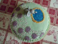 Torta di compleanno con l'elefantino africano ... per Emma.  http://creandosicrescecrescendosicrea.tumblr.com/post/30919472567/tortaelefante