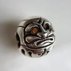 Daruma. #spiritbeads #daruma #silverjewelry #olloclipmacro
