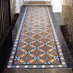 London Mosaic - Decorative Victorian path with encaustic tiles Floor Design, Tile Design, Garden Ideas Terraced House, Victorian Hallway Tiles, Tiles London, Hall Tiles, Porch Tile, Hall Flooring, Encaustic Tile
