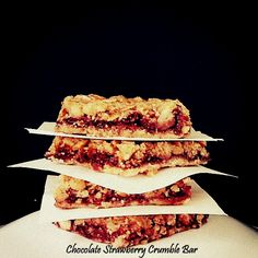 Chocolate Strawberry Crumble Bar