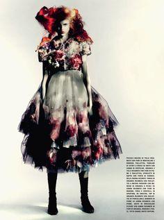 molly-blair-por-paolo-roversi-para-vogue-italia-couture-suplemento-março-2015-11ac
