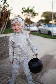 idée halloween diy déguisement enfant momie