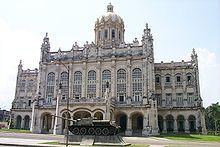 La Habana - Antiguo palacio presidencial, hoy, Museo de la Revolución.