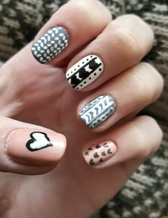 Sweater nail art.