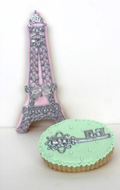 Sugar Bea's Blog: Paris Valentine Cookies {and a cookie swap!}