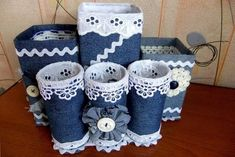 Moneybox of jeans ideas. Tin Can Crafts, Jean Crafts, Denim Crafts, Button Crafts, Diy Crafts Hacks, Diy Home Crafts, Diy Arts And Crafts, Sewing Crafts, Recycled Art Projects