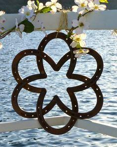 horseshoes upcycle | Horseshoe Wedding Rose at Sunset - Buy now for ... | Upcycled Hardware