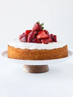 Strawberry Almond Cake (3 of 3)