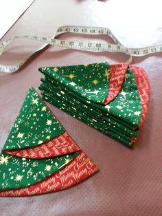 1 million+ Stunning Free Images to Use Anywhere Christmas Tree Napkins, Fabric Christmas Ornaments, Christmas Mantels, Christmas Holidays, Christmas Cards, Christmas Decorations, Christmas Sewing Projects, Christmas Crafts To Make, Holiday Crafts