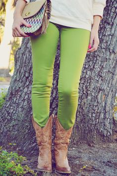 pinning for the pants, but this whole outfit is PERF | Walking In Style Jeans: Green #shophopes