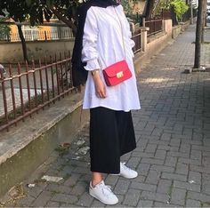 Hijab Fashion Casual, Stylish Hijab, Street Hijab Fashion, Casual Hijab Outfit, Hijab Chic, Muslim Fashion, Modest Fashion, Fashion Outfits, Hijab Fashion Inspiration