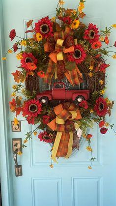Autumn Wreaths For Front Door, Diy Fall Wreath, Fall Wreaths, Ribbon Wreaths, Tulle Wreath, Floral Wreaths, Burlap Wreaths, Summer Wreath, Door Wreaths