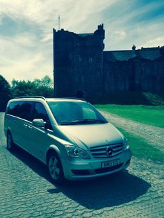 Private tour of Scotland with Devere chauffeur drive Edinburgh. Game of thrones film location Doune castle