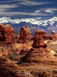 Rock pillars and frozen peaks, Arches NP, Utah - Most Beautiful Places in the World Arches Nationalpark, Yellowstone Nationalpark, Parc National, National Parks, Places To Travel, Places To See, Travel Destinations, Arches Np, Arches Park