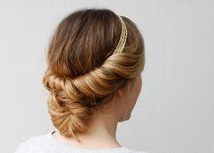 8 fajnych fryzur: każda do zrobienia w 2 minuty. Wyglądają jak z salonu