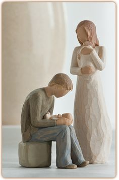 Willow Tree Figurines-Parents with 2 children (twins)
