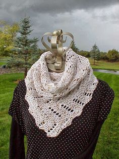 This Diagonal Scarf is perfect for spring weather! Pattern by Kriskrafter!