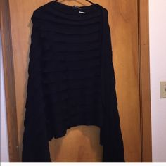 Black layered ruffle heavy winter poncho LOVE this poncho!!! Can fit plus size or regular. Sweaters Shrugs & Ponchos