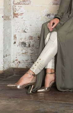 Gold Button Brocade Trousers - Ivory
