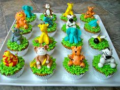 Jungle Animal Cupcakes Great step by step tutorial and marshmallow fondant recipe