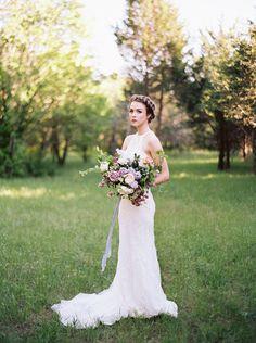Lilac Bridal Portrait Session - Photography: Heather Hawkins