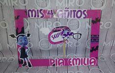 COMBO SELFIE 3rd Birthday Parties, Birthday Party Decorations, Mickey Halloween, Diys, Birthdays, Anniversary, Selfie, Disney, Fiesta Party Favors