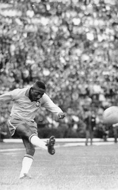 Regarded by many as the best right-back ever to have played the game, Brazil's Djalma Santos was a World Cup winner at Sweden 1958 and Chile 1962