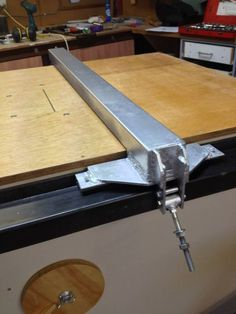 Derek's home made table saw