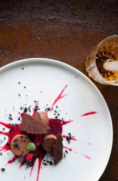 When searching for the right ingredient to pair with rum, we often think of fruity, caramel ingredients such as pineapple or raspberry. Pairing rum with more earthy ingredients such as beetroot seems less obvious.