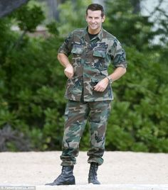Bradley Cooper give fans a first glimpse of his military look as he films a new movie in Hawaii