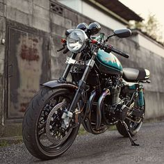 1974 Kawasaki Z1 a spindly frame made riding this beast an adventure every time you swung a leg over!