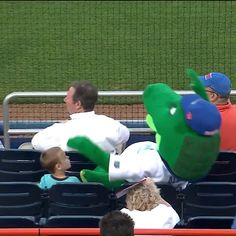 Mascot Protects Kid From Foul Ball http://ift.tt/2oZOwkp Love #sport follow #sports on @cutephonecases