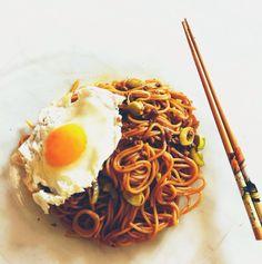 酱油炒面 Soy sauce fried noodles
